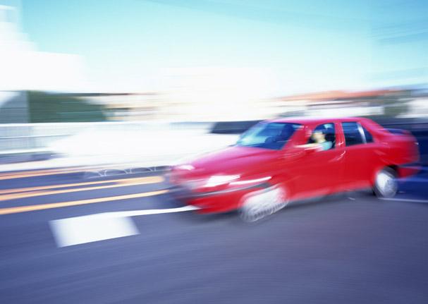 バイクと車の接触事故